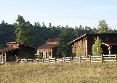 Dos Rios Ranch Barns Distance