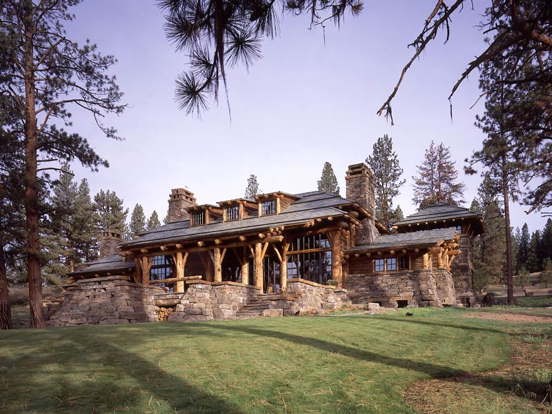 SHINING MOUNTAIN LODGE